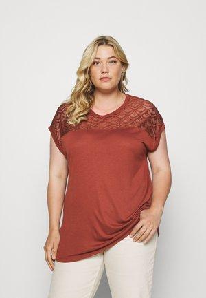 CARFLAKE LIFE MIX TOP  - Print T-shirt - roasted russet