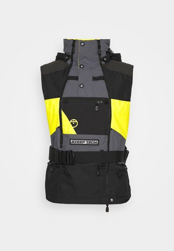 STEEP TECH APOGEE VEST