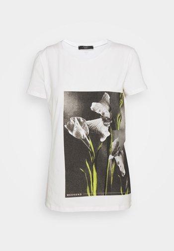 BENNY - T-shirt imprimé - weiss