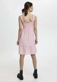 Gestuz - Cocktail dress / Party dress - fragrant lilac - 2