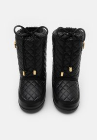 MOSCHINO - Snowboot/Winterstiefel - black - 3