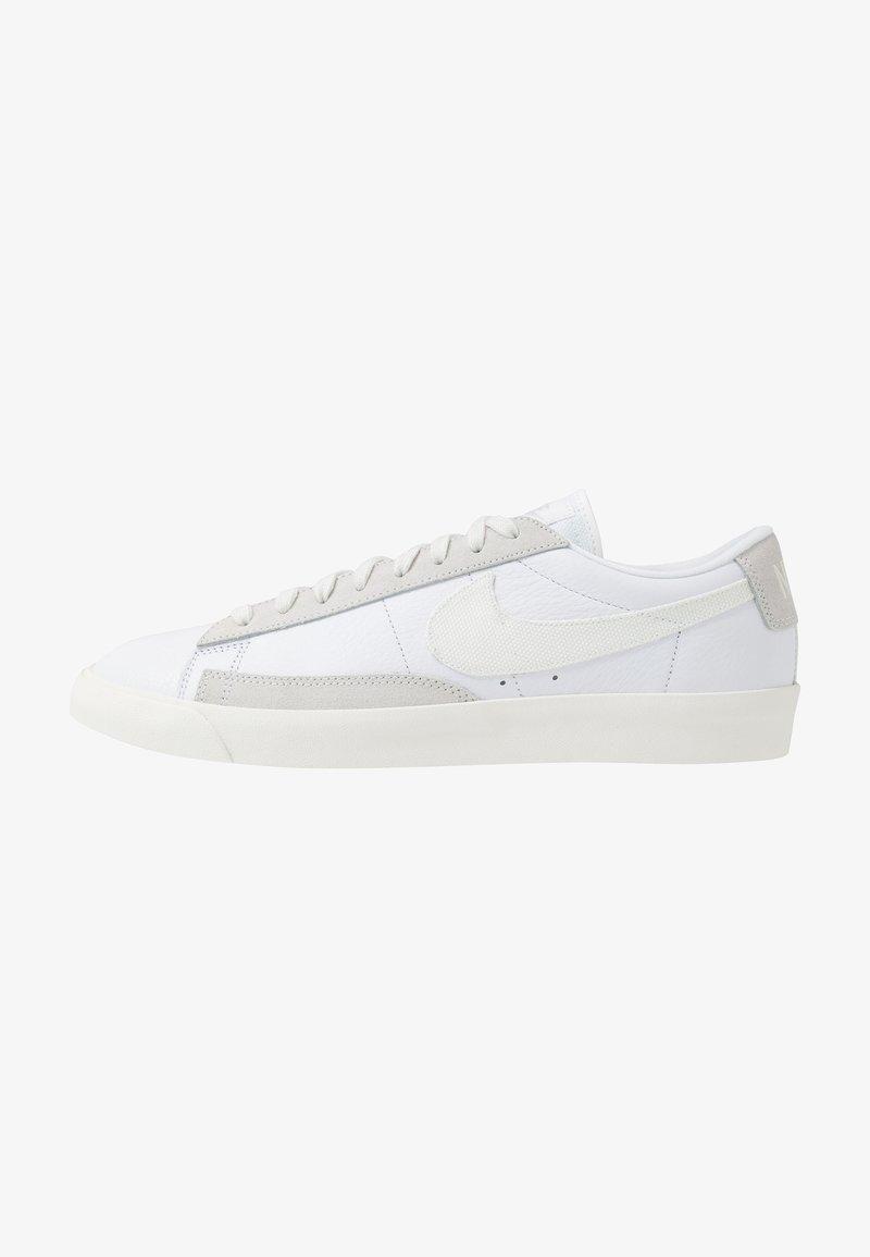Nike Sportswear - BLAZER - Sneakers laag - white/sail/platinum tint