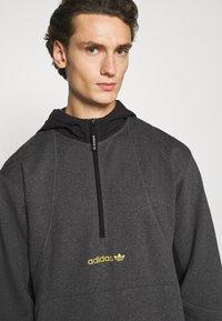 adidas Originals - FIELD HOODY - Sweat à capuche - dark grey - 5