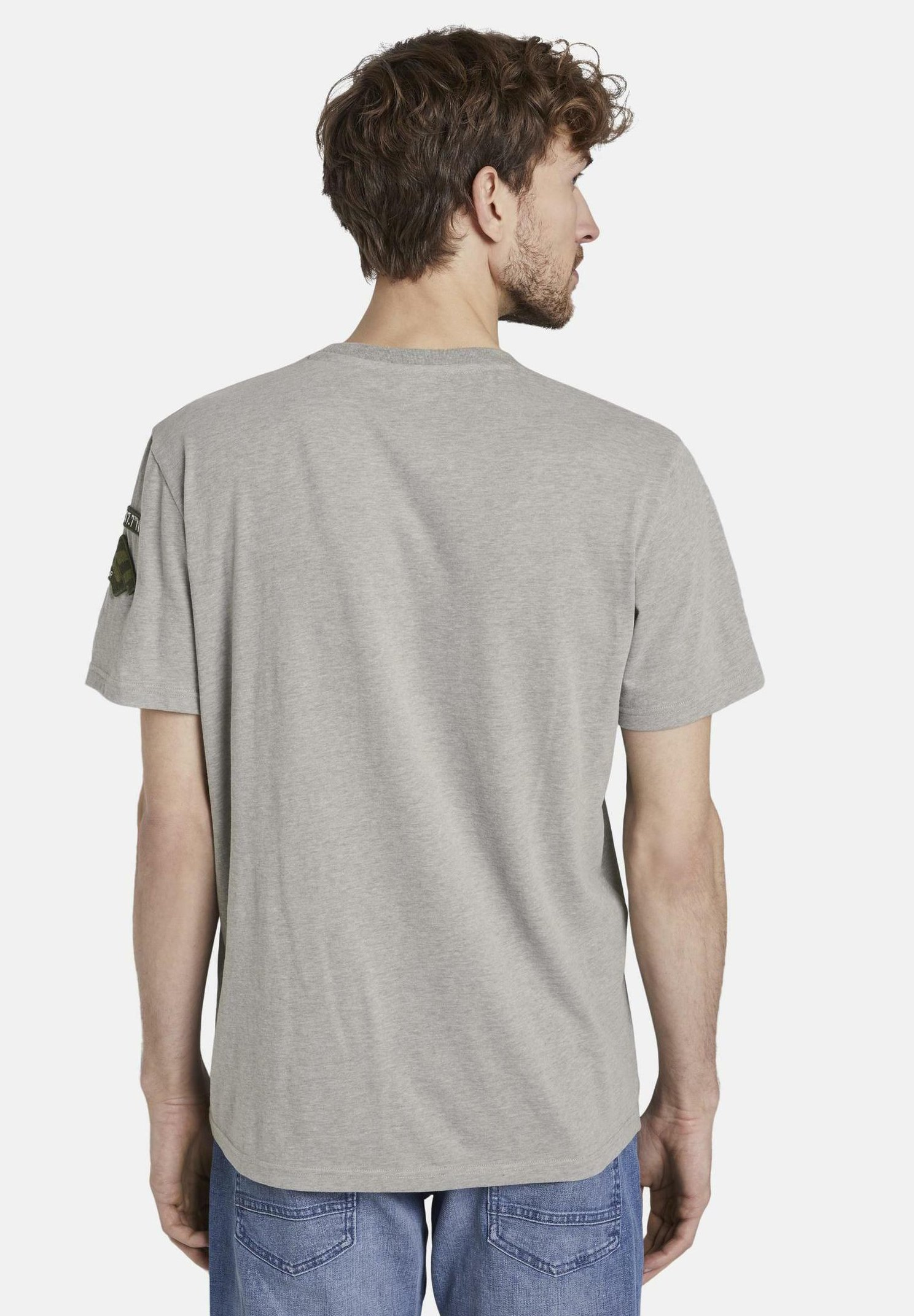 Große Förderung TOM TAILOR TOM TAILOR T-SHIRT T-SHIRT MIT BADGE-DETAILS - T-Shirt print - light stone grey melange | Damenbekleidung 2020