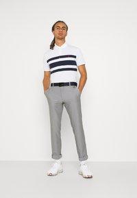 Polo Ralph Lauren Golf - SHORT SLEEVE - Print T-shirt - white/french navy - 1