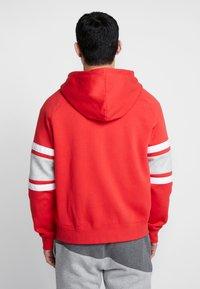Nike Sportswear - HOODIE - Sudadera con cremallera - university red/white/black - 2