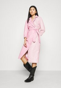 Ibana - EXCLUSIVE DIFFANI  - Day dress - pink/nude - 3