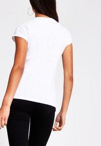River Island - Print T-shirt - white - 1