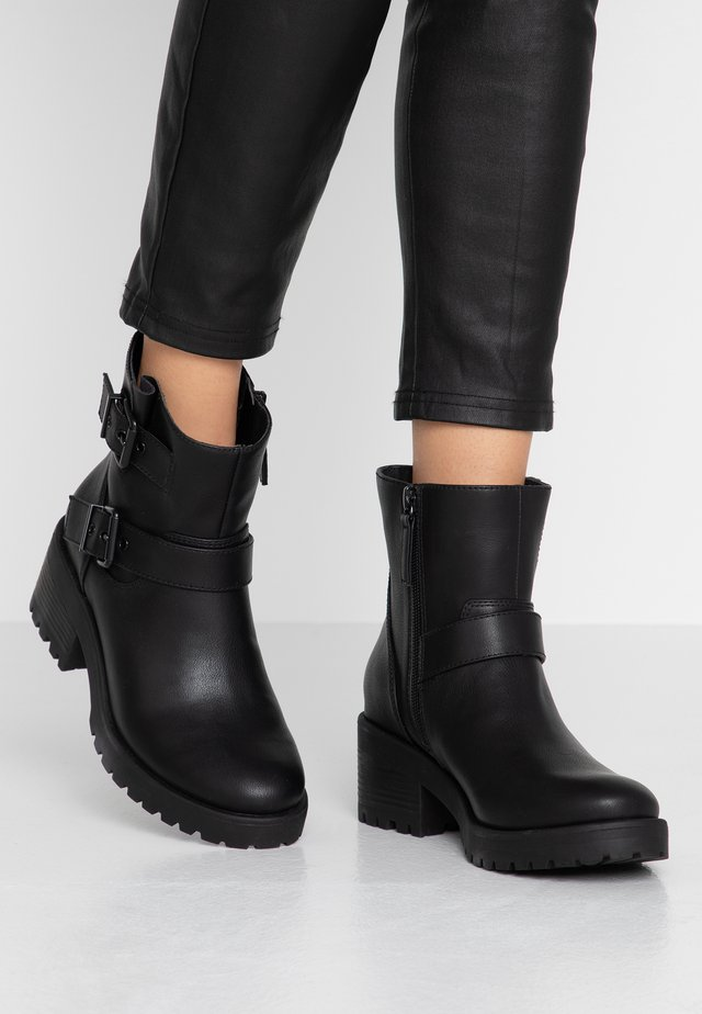LAURREL - Cowboy/biker ankle boot - black
