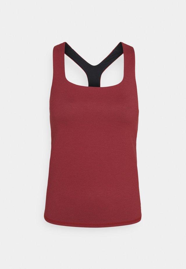 SUPER SCULPT YOGA  - Sportshirt - renaissance red marl