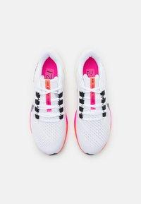 Nike Performance - AIR ZOOM PEGASUS 38  - Neutrala löparskor - white/black/football grey/pink blast/bright crimson - 3