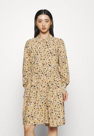 OBJLORENA DRESS - Sukienka koszulowa - incense