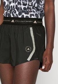 adidas by Stella McCartney - TRUEPACE - Sportovní kraťasy - black - 3
