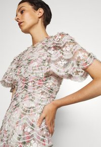 Needle & Thread - LUNETTE FLORAL SWAN ANKLE GOWN - Occasion wear - moonshine - 4
