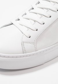 GARMENT PROJECT - TYPE - Sneakers laag - white - 5