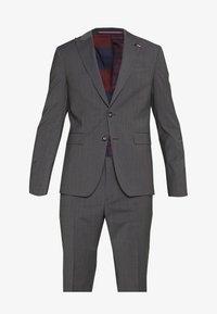 Tommy Hilfiger Tailored - SLIM FIT PEAK LAPEL SUIT - Oblek - grey - 9