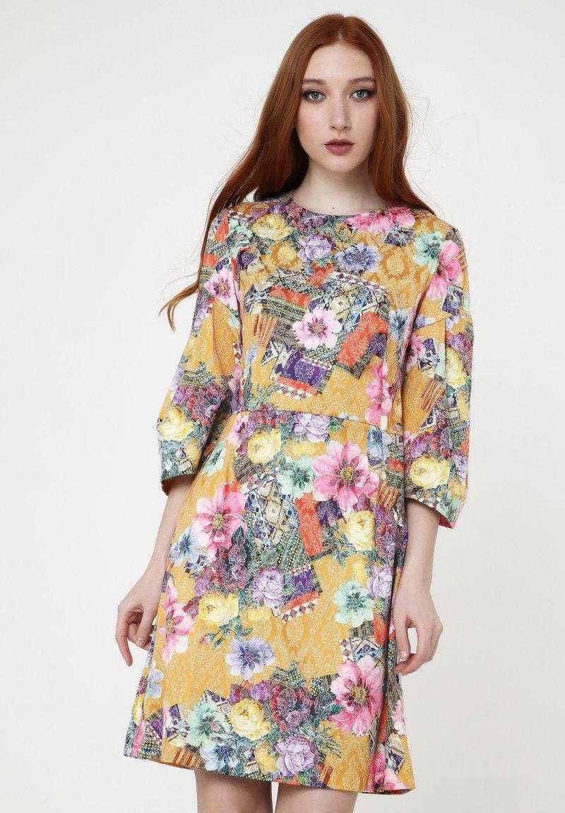 Madam-T - Cocktail dress / Party dress - senf, rosa