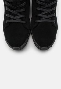 Lacoste - EXPLORATEUR  - Baskets montantes - black - 5