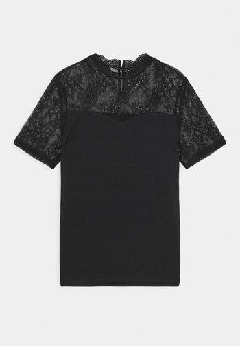 PCPINA - Print T-shirt - black