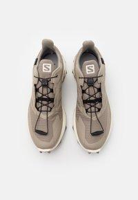 Salomon - SUPERCROSS BLAST GTX - Trail running shoes - vintage kaki/vanilla/quarry - 3