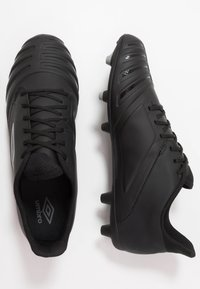 Umbro - UX ACCURO III PREMIER FG - Moulded stud football boots - black/white - 1