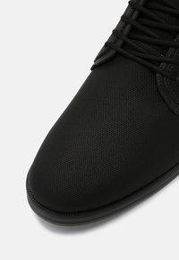 ALDO - EOWOALIAN - Stringate sportive - black - 6