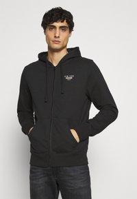 Schott - Zip-up hoodie - black - 0