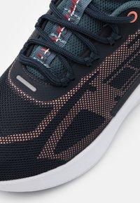 Tommy Hilfiger - PRO 1 WOMEN - Neutrální běžecké boty - blue - 5