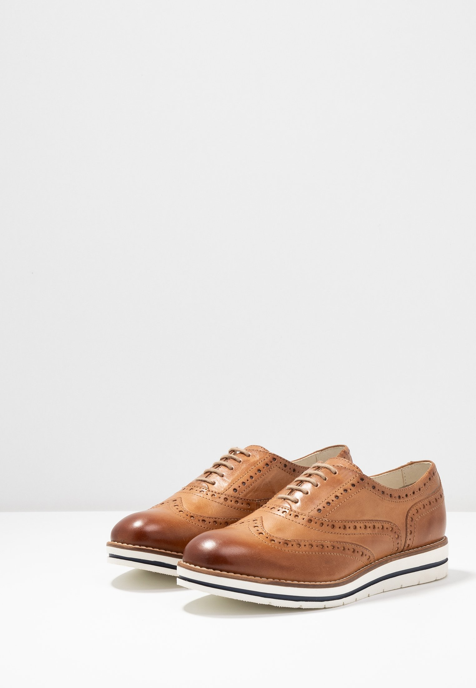 Anna Field Leather Flat Shoes - Sporty Snøresko Cognac