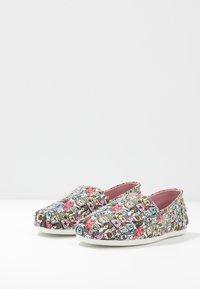 Skechers - BOBS PLUSH - Slip-ons - taupe/multicolor - 4