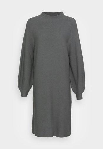 QAVI - Day dress - dark sage