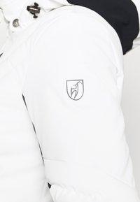 Toni Sailer - HENNI - Kurtka narciarska - bright white - 8