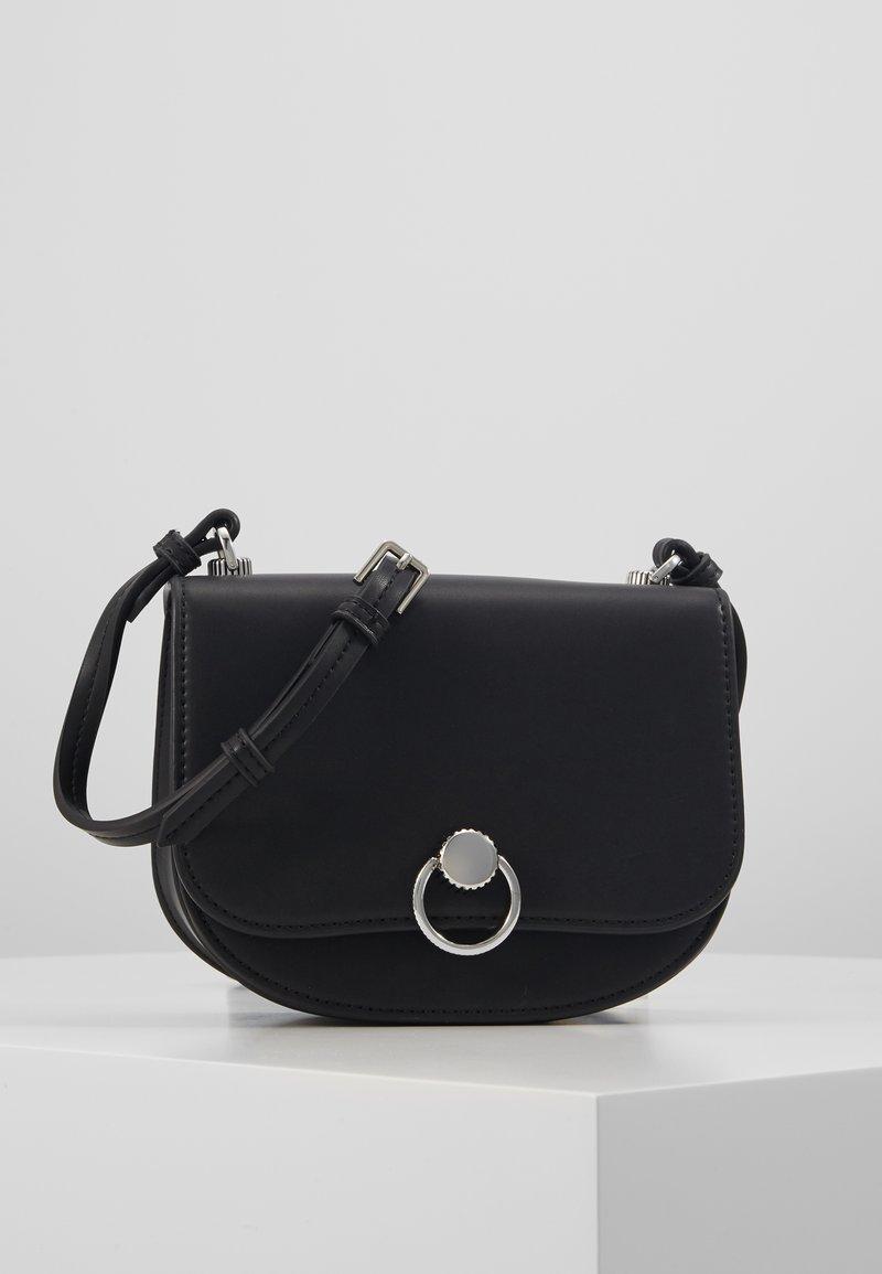 Seidenfelt - KALMAR - Across body bag - black