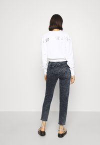 Calvin Klein Jeans - MOM - Relaxed fit jeans - blue black - 2