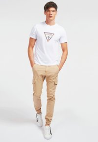 Guess - T-shirt con stampa - weiß - 1
