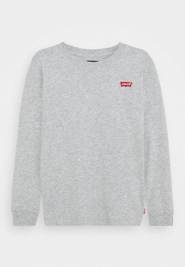 BATWING CHESTHIT TEE UNISEX - Maglietta a manica lunga - grey