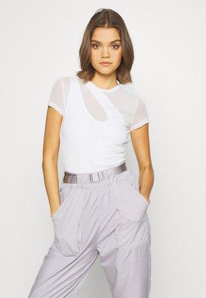 PERFECT - T-shirt basique - white