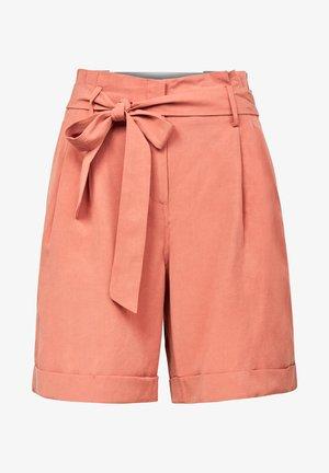 PLEATED HIGH - Shorts - lt auburn