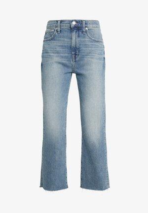 POINT SUR KICKOUT CROP  - Široké džíny - faded blue wash