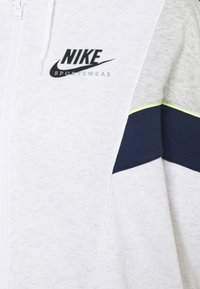 Nike Sportswear - HERITAGE - Zip-up hoodie - birch heather/grey heather/midnight navy - 6