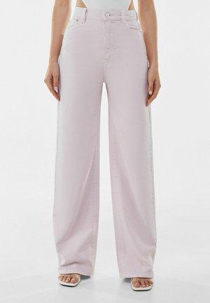 Fließende - Flared Jeans - pink