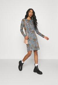 ONLY - ONLELCOS EMMA ELASTIC DRESS - Strikket kjole - balsam green - 1