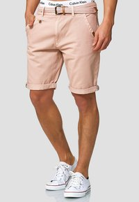 INDICODE JEANS - CASUAL FIT - Shorts - cameo rose - 0