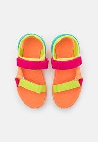 Merrell - KAHUNA UNISEX - Chodecké sandály - pink/multicolor - 3