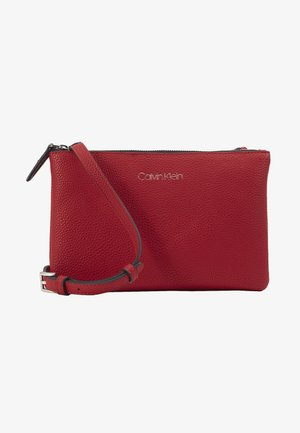 EVERYDAY DUO CROSSBODY - Across body bag - red