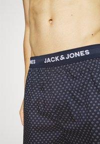 Jack & Jones - JACDOTS TRUNKS 2 PACK - Trenýrky - dress blue - 3