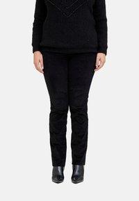 Fiorella Rubino - Trousers - nero - 0