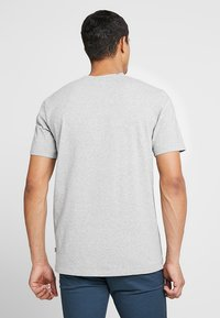 Scotch & Soda - CREW NECK TEE - Basic T-shirt - grey melange - 2