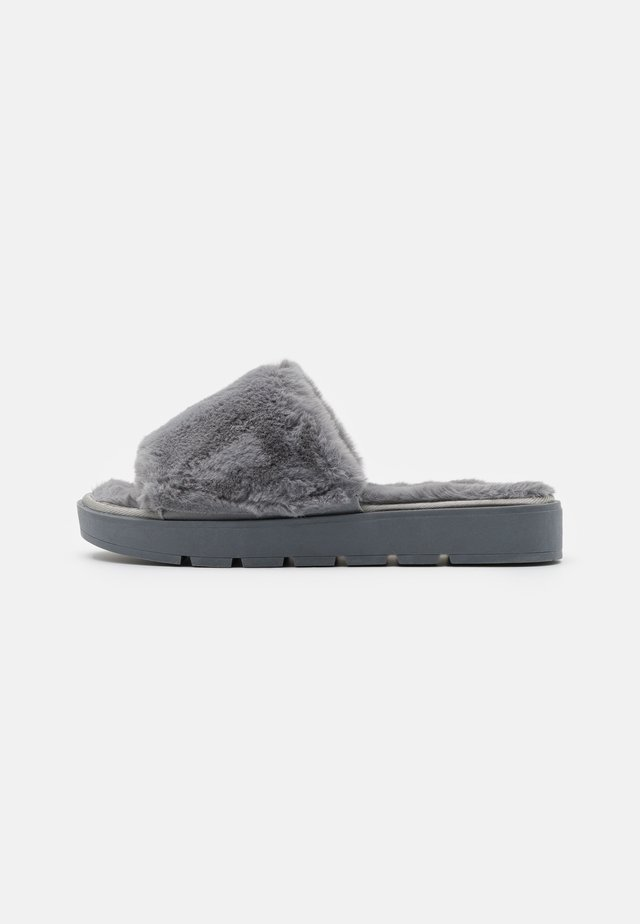 WIDE FIT ATHENA - Pantoffels - grey
