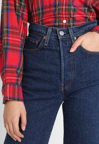 Levi's® - RIBCAGE STRAIGHT ANKLE - Straight leg jeans - blue denim - 4